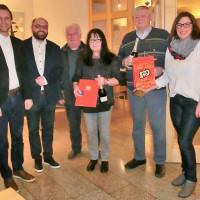 Ehrungen. Von links nach rechts: Erster Bürgermeister Andreas Hügerich, SPD-Kreisvorsitzender Sebastian Müller, Rudi Breuning, Gisela Weber, Elke Werner